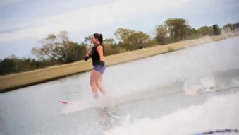 Embedded thumbnail for Water Skiing - Lake Hood